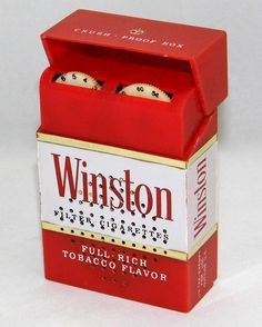 Vintage Winston Cigarettes Novelty Transistor Radio, AM Band, Size Of An Actual Cigarette Pack Weather In France, Winston Cigarettes, Techno Gadgets, Pocket Radio, Music Machine, Retro Radios, Antique Radio, Transistor Radio, Vintage Records