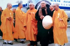 The peaceful way of Thich Nhat Hanh
