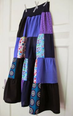 Rock aus Stoffresten / Skirt made from scraps of fabric / Upcycling