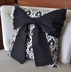 DIY - great bow pillow