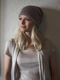 the slouchy hat pattern - imperial yarn