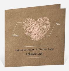 Voici ce petit faire-part très charmant et romantique qui montre à vos invités l'union de votre amour, par l'empreinte de vos sentiments !