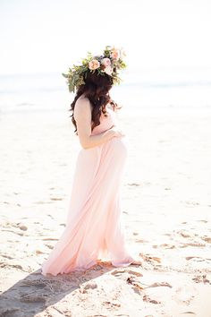Southern California beach maternity photos by Chris and Kristen Photography Maternity Photography Tips, Beach Maternity Photos, Maternity Poses, Maternity Portraits, Pregnancy Photos, Newborn Photography, Steven Universe, Popular Photography, Newborn Shoot