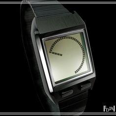 TOKYOFLASH zéro g. Aiguilles sur ecran LCD pour cette montre de la marque japonaise spécialisée dans les montres binaires / Watch hand on LCD screen for this watch of the japanese brand specialised in binary watches. 1d1fa