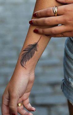 34 Stunning Feather Tattoo Ideas