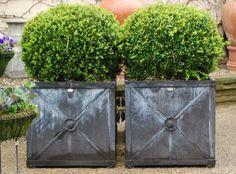 10 Easy Pieces: X Box Planters