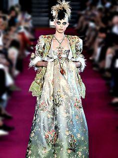 Christian Lacroix Haute Couture | Haute Couture Look Book Fall-Winter 2008/2009 - Mademoiselle Le K Blog ...
