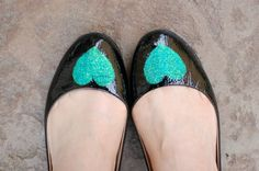 DIY: Take your flats from boring to sparkly