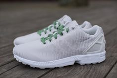 DSC00933 1024x1024 adidas ZX FLUX Weave (White, Grey & Pea Green)