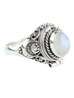 Luna Poison Box Ring Moonstone – Shop Dixi