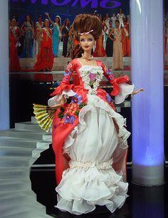 Miss Czech 2013        ✓