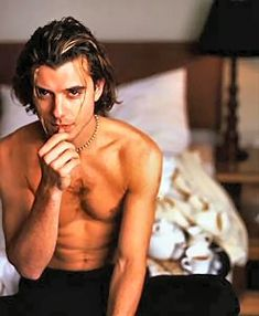 I felt up Gavin Rossdale before his wife got to him.  Ooooooh the 90's were great!