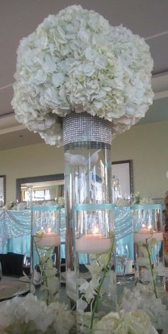 Amazing centerpieces #weddings #bridesclub
