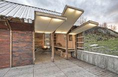 Naust paa Aure: beautifully converted Norwegian boathouse (via Architizer.)