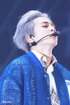 Find images and videos about kpop, exo and singer on We Heart It - the app to get lost in what you love. Exo Xiumin, Kim Minseok Exo, Kim Min Seok, Xiu Min, Kai, Exo Official, Yixing, Korean Singer, Persona