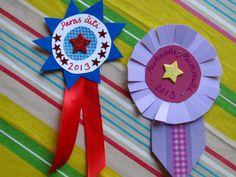 Äitienpäivänä on mukava muistaa elämänsä hienoja äitejä vaikkapa kunniamitalilla. (Tai pöllökortilla tai lintukortilla!) Tämänkin idean sain Pinterestistä. Materiaaleina on kartonki, washi-teippi, … Merit Badge, Crafts For Kids, Activities, Washi, Fathers, School Ideas, Card Ideas, Awards, Art Classroom