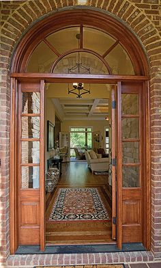 Plan #1164-The Runnymeade: Front Entry
