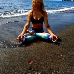 Pranayama, Yoga Routine, Yoga Flow, Want To Lose Weight, Yoga For Beginners, Feeling Great, Yoga Fitness, Bikinis, Swimwear