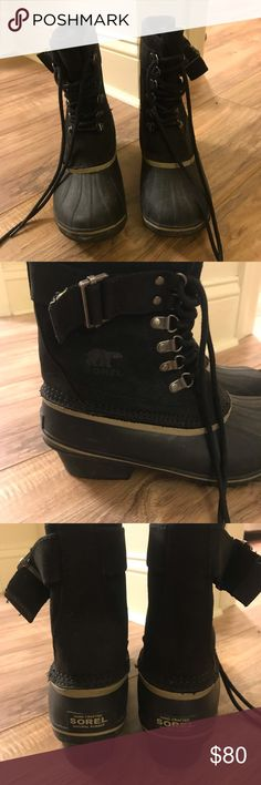 Sorel Women's Slimpack Lace Winter Boots Black fleece-lined, waterproof boots from Sorel. Only worn 1 season! Size Easy to wear/walk around in for long periods as they only weigh a little over a pound. Winter Rain, Winter Boots, Waterproof Boots, Fashion Tips, Fashion Design, Fashion Trends, Black Boots, Rain Boots
