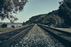 Let's just take a train and let the time pass... . . #outdoors #explore #discover #road #trees #california #producerlife #lifestyle #canonphotography #train #tracks #ocean #instaphoto #organic #naturelovers #nature #inspiration #fresh #breath #filmmaker #happysabbath #trip #travelphotography #travelgram #traveler #highway #goodmorning #california . Photo by: @haroldopoiret