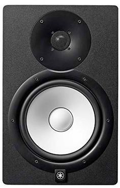 Yamaha Active Studio Monitor: The powered speakers' white woofers aren't just for looks: they deliver a flat, accurate response in the tradition of Yamaha's studio monitors. Home Studio, Studio Gear, Studio Equipment, Dj Equipment, Desktop Speakers, Best Speakers, Monitor Speakers, Yamaha Speakers, Studio Speakers