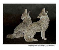 Dollhouse Miniature Singing Coyotes - Kerri Pajutee - 2354285