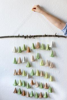 DIY upcycled wall hanging | Kittenhood