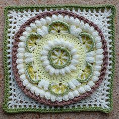 Transcendent Crochet a Solid Granny Square Ideas. Inconceivable Crochet a Solid Granny Square Ideas. Granny Square Crochet Pattern, Crochet Blocks, Crochet Squares, Crochet Granny, Crochet Motif, Crochet Designs, Crochet Afghans, Afghan Crochet Patterns, Crochet Cushions
