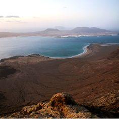 Impresionantes vistas al Archipielago Chinijo, desde la cima del Risco de Famara,  Lanzarote