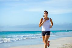 Sporty woman running by the sea on tropical beach during caribbean vacation. Fitness and healthy lifestyle on summer holidays. Weight Loss Camp, Weight Loss Herbs, Weight Loss Snacks, Weight Loss Diet Plan, Fast Weight Loss, Healthy Ways To Lose Weight Fast, Help Losing Weight, Best Herbs For Anxiety, Running On The Beach