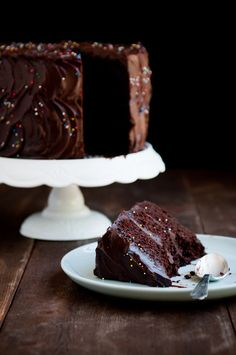 Desserts for Breakfast: That Chocolate Cake, and breaking the Baker's Curse with a Rosanna, Inc. Giveaway!