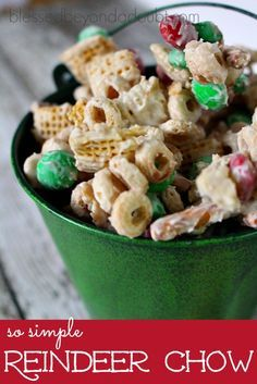 We love to make this easy Reindeer Chow Chex mix recipe for our friends and family during the holidays. I love the fact that my kids can make it without my help. This chex mix recipe can be prepared in your beloved microwave, so it's safe for your kiddos to make by themselves. Sometimes we … Reindeer Chow Chex Mix Recipe, Raindeer Food Recipe, Raindeer Chow, Reindeer Food, Reindeer Crack Recipe, Christmas Goodies, Christmas Snack Mix, Christmas Puppy Chow, Christmas Candy