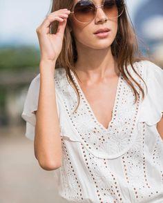 """ATEEN no Instagram: """"Details ✨ do vestido Midi April! Disponível nas lojas físicas e online! #ateen70sglam #ateeninverno17 #fashion #ateen #style"""""""