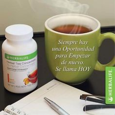 Switch up your mornings with Herbal Tea Concentrate. The caffeine will jump-start your metabolism and make you a morning person in no time! Herbalife Recipes, Herbalife Shake, Herbalife Nutrition, Shake Recipes, Tea Recipes, Smoothie Recipes, Herbal Tea Concentrate, Nutrition Club, Healthy Life