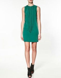 Everything in green. ZARA WOMAN