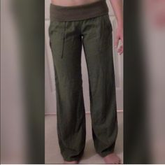 Nordstrom green cargo pants From Nordstrom. Linen so soft. Folds at waist and elastic waist so will fit many. Pockets in front and fake pockets in back. ❗️Buy the look! Green cargo pants also for sale. Bundle it for a discount! ❗️All proceeds go to help build a house in Tijuana, Mexico ❤️ Jolt Pants Boot Cut & Flare