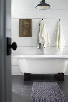 Coyuchi Bath | @andwhatelse