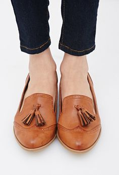 FOREVER 21 Tasseled Faux Leather Brogues