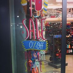 When this 0% sale happened. HAHAHHA joke's on you. | 23 Epically Wrong Retail Fails