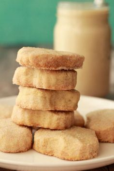 We have a brand of shortbread cookie in South Africa called 'Eat Sum More'. Not vegan though, sadly. I knew I had to nail down a good recipe for vegan shortbread cookies Healthy Vegan Snacks, Vegan Treats, Vegan Foods, Vegan Dishes, Vegan Desserts, Vegan Recipes, Healthier Desserts, Plated Desserts, Vegan Shortbread