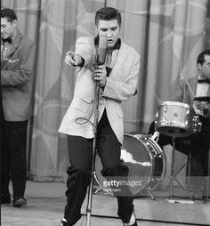 Elvis performing Hound Dog in 1956