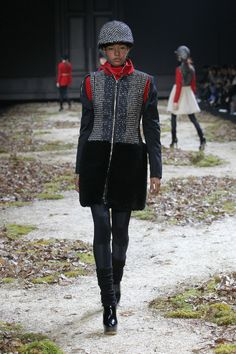 Moncler Gamme Rouge Fall-Winter 2015/16 Show #moncler #gammerouge