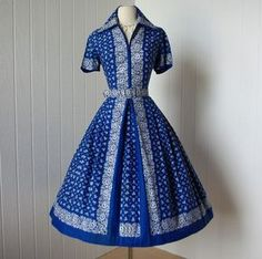fantastic use of a border print on this shirtwaist dress