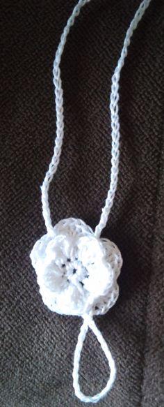 Crocheted Rose Barefoot Sandal (for infant)