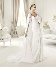This page has sooo many gorgeous dresses!   Pronovias-Fashion-2013-Wedding-Dresses-Collection_01