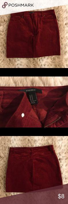 🌟Velvet skirt Forever21 velvet skirt. Size medium. New without tags. Forever 21 Skirts Mini