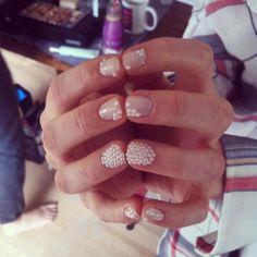 Dress up nails