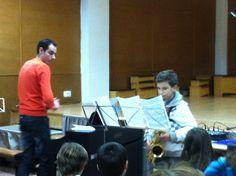 Javier acompanyat per Enric durant l'audició de Repertori (25-3-2013).