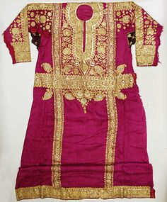 Robe Date:1962 Culture:Saudi Medium:silk, metallic thread, sequins