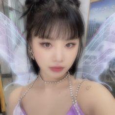 Kpop Aesthetic, Aesthetic Photo, Aesthetic Girl, Aesthetic Pictures, Kpop Girl Groups, Kpop Girls, Pretty People, Beautiful People, Ulzzang Girl
